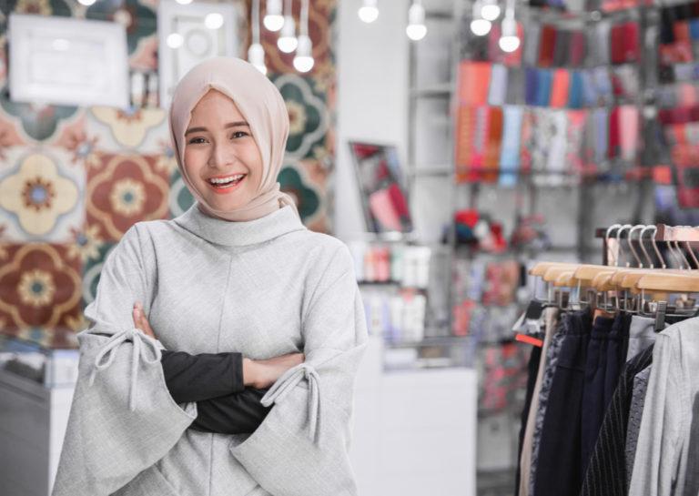 Bisnis online syariah kini tengah marak di kalangan masyarakat (Shutterstock).